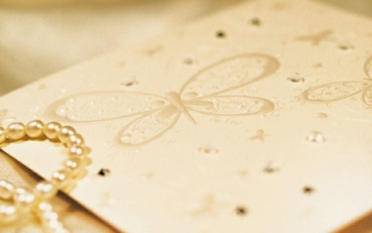 Széles választékban kínáljuk a különleges, egyedi, modern, fényképes, luxus esküvői meghívók készítését. A szép esküvői meghívóknak köszönhetően az Önök Nagy napját senki sem feledi!