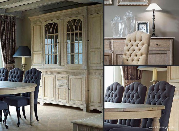 Statige bibliotheekkast in een klassiek landelijk interieur en stijlvolle gecapitonneerde - Gordijnen landelijke stijl chique ...