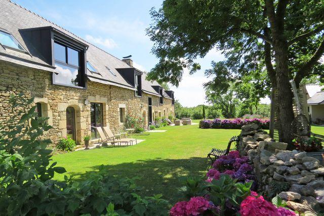 10 jardins de gîtes et chambres d'hôtes - Côté Maison