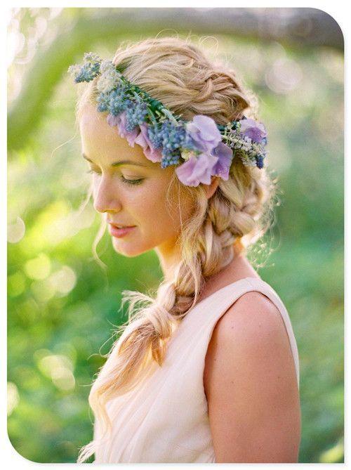 サイド三つ編みと花王冠