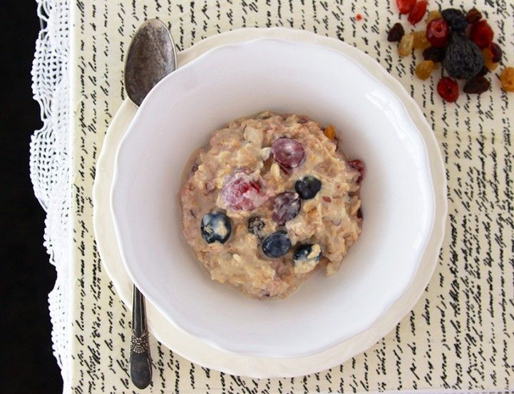 I love Swiss Muesli and this recipe has greek yogurt in it which is one of my very favorites!