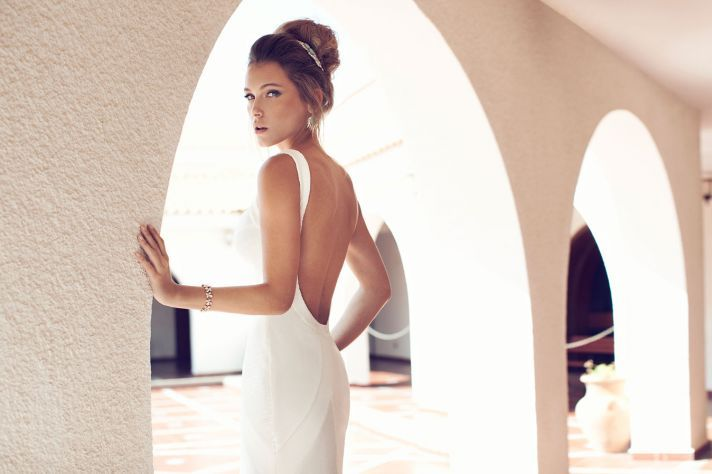 Simple Yet Elegant Wedding Dresses: 1000+ Images About Backless Bridal Gowns On Pinterest