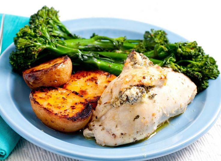 Read our delicious recipe for 4 Ingredient Spinach and Ricotta Chicken, a recipe from The Healthy Mummy, which is a safe and yummy way to lose weight.