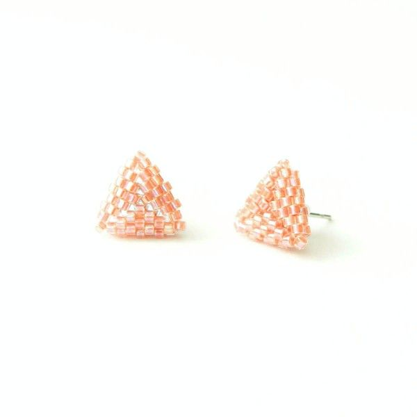 Peach beaded triangle stud earrings