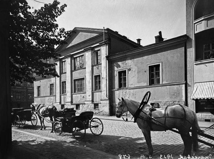 Mariankatu 13a - Kirkkokatu 7. Brander Signe HKM 1913 Helsingin kaupunginmuseo negatiivi ja vedos, lasi paperi pahvi, mv