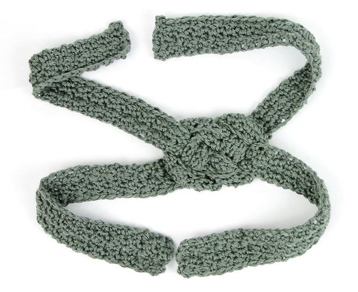 Sailor-Knot-Crochet-Headband-Pattern-Crafts-Unleashed-7