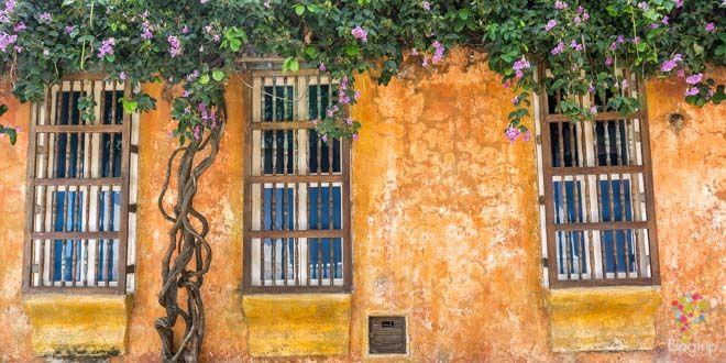 Casas coloniales y coloridas en Cartagena de Indias Colombia https://blogtrip.org/visitar-calles-cartagena-de-indias-colombia/