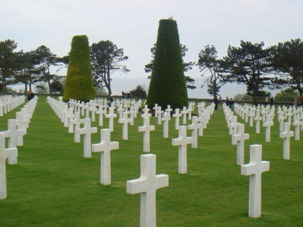 d day beaches memorials