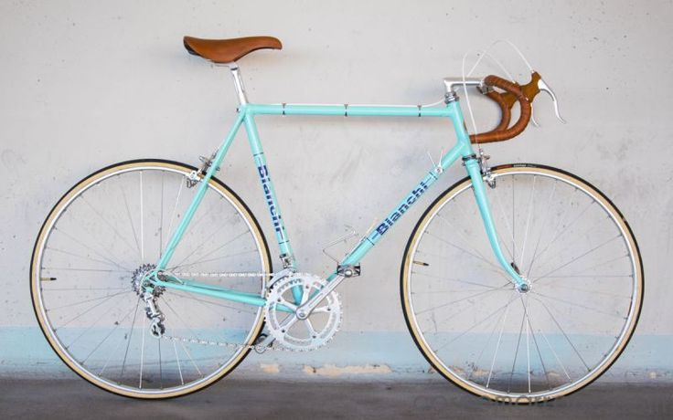 Bianchi Rekord 748 road bike vintage corno marrone custom bicycles single speed fixie classic steel gipiemme campagnolo leather universal mod 77 19978 70s vintage bike