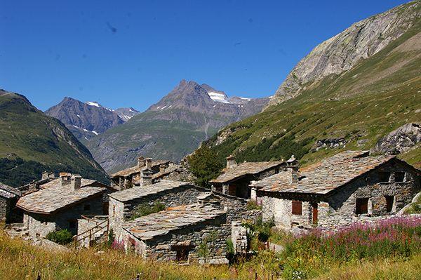Bonneval-sur-Arc – Région Rhône-Alpes - Les villages candidats en 2015 - Le village préféré des français - France 2