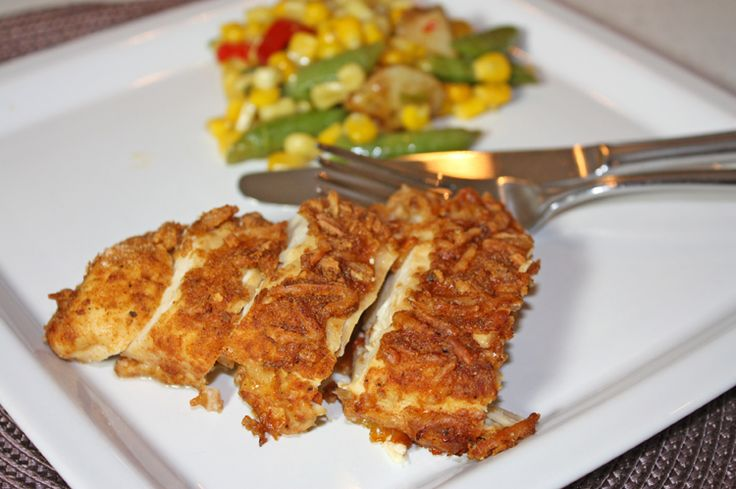 This recipe may just become one of your weeknight favorites because we sure do love it ourselves! Enjoy! #bakedparmesanchicken #recipes #eatclean