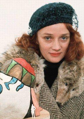 Niki de Saint Phalle: Biographie de Niki de Saint Phalle - Niki de Saint Phalle naît le 29 octobre 1930 à Neuilly-sur-Seine et meurt le 21 mai 2002 à San Diego. Suite à un krach boursier, la famille de Niki quitte la France pour...