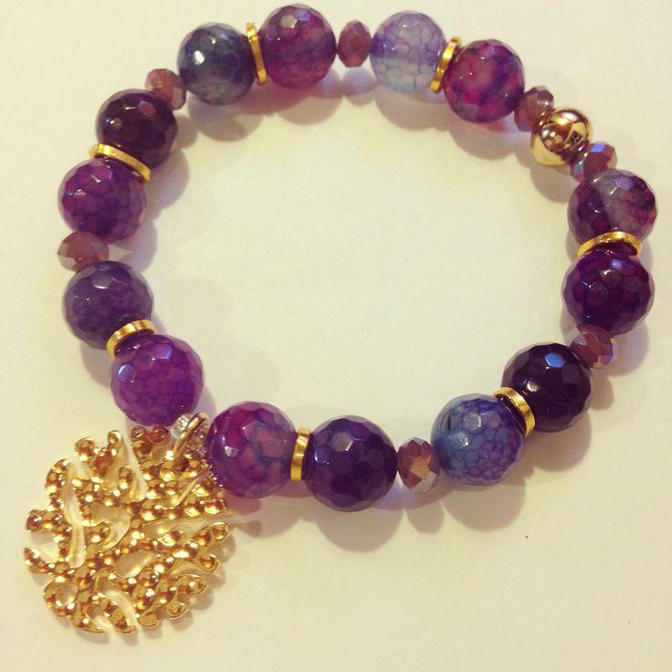 Agate bracelet by Luz Marina Valero