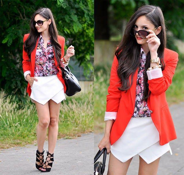 falda picos blanca - camisa estampada  blazer rojo