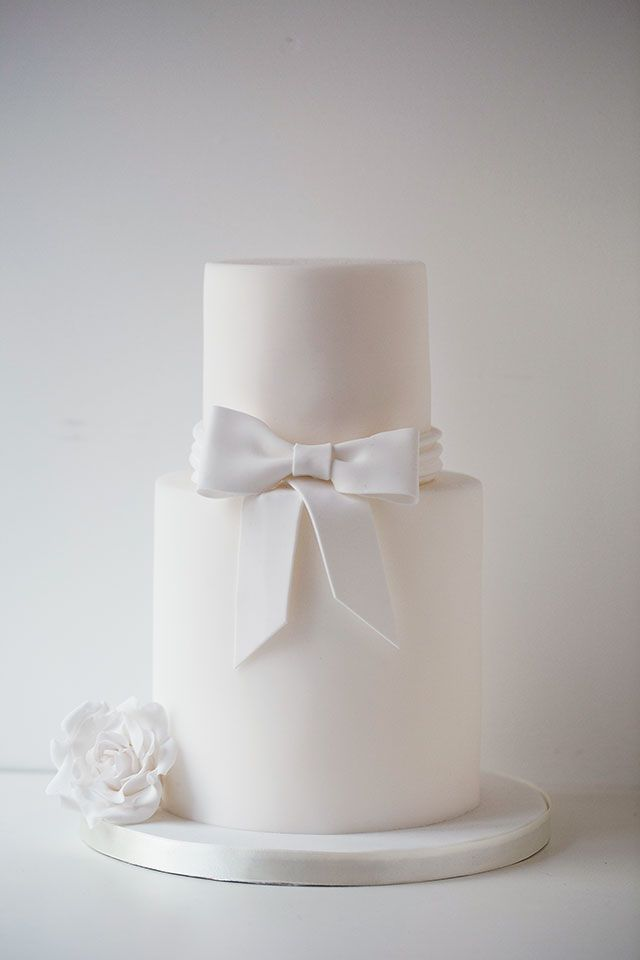 Wildflower Cakes London Simple White Wedding Cake With Bow And Sugar Rose