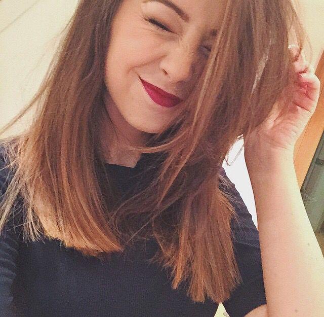 Zoella's Short Hair  #zoella #zoesugg #zoellabeauty
