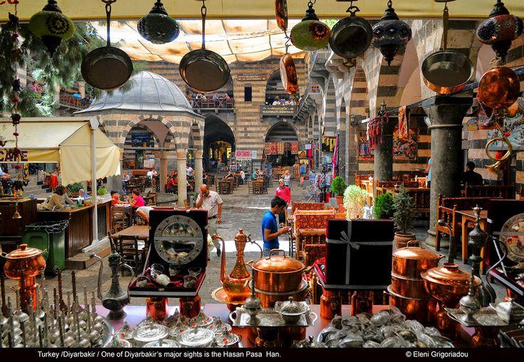 Eleni Grigoriadou: Diyarbakir: the unofficial Kurdish capital.