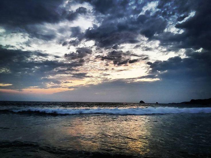 #Playa #Zipolite #Oaxaca #Vacaciones  by gitengope