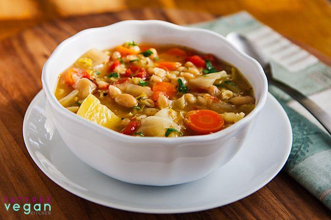 Irish White Bean and Cabbage Stew #vegan