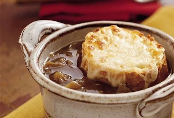 French Onion Soup - healthy crock pot recipe - 2 Weight Watchers Points Plus, only 74 calories per one cup serving