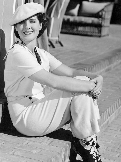 Norma Shearer photographed by Clarence Sinclair Bull