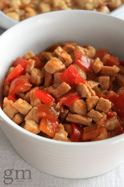 Sweet and sour pork (oriental style) | http://gustosamente.blogspot.it/2014/02/maiale-in-agrodolce.html