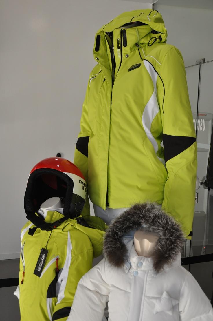 Solo un esempio di quello che potete trovare in negozio tra l'abbigliamento da sci
