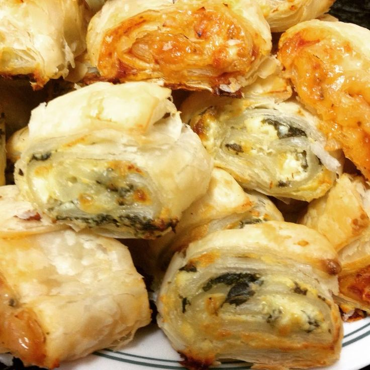 Spinach & feta cheese mini scrolls
