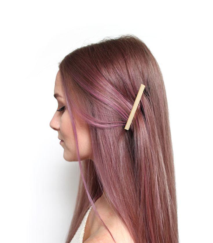 Minimalistiskt hårspänne i trä   Sofiamilk