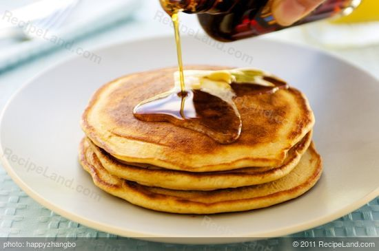 American Style Flapjacks/Pancakes: Great, very easy recipe. I'm a horrible cook, but this was so simple and so delicious, that now I can't figure out for the life of me what is the point of pancake mix?