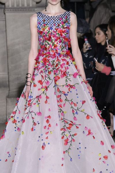 Georges Hobeika at Couture Spring 2017 - Details Runway Photos