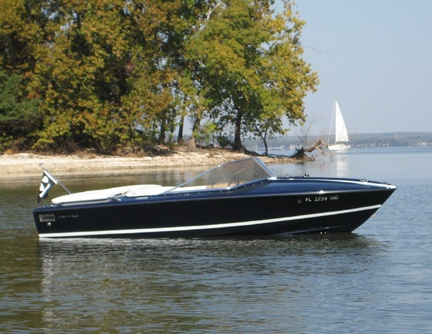 Chris Craft XK-19 in black...