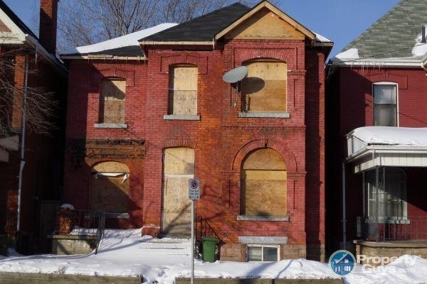 Private Sale: 249 Cannon St E, Hamilton, Ontario - PropertyGuys.com