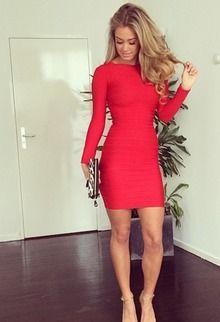 Rode jurk met lange mouw:
