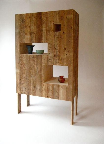 369 best pallets or palets images on pinterest for the for Diy pallet projects with instructions