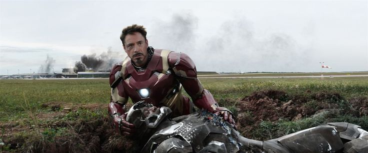 Captain America: Civil War : Photo Don Cheadle, Robert Downey Jr.