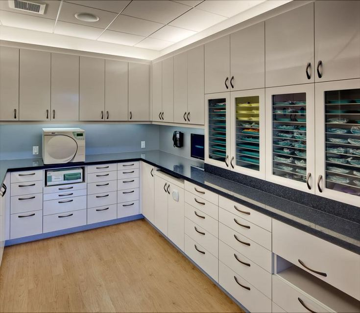 17 best images about lab sterilization on pinterest the for Clinic design ideas