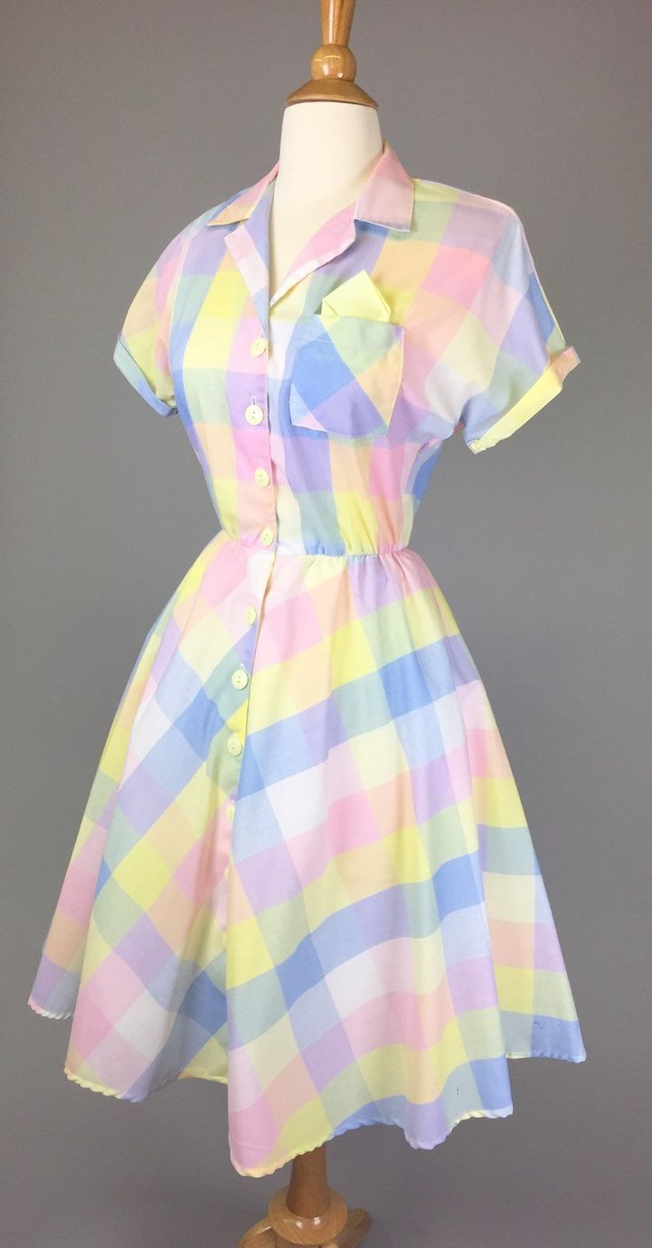 FREE DOMESTIC SHIPPING! The June Cleaver - Vintage 50s Costume Shirtdress Pastel Plaid Pocketsquare Womens Size Small by RIPandROSE on Etsy