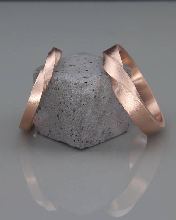 Rose Gold Mobius Wedding Ring Set | His and Her Mobius Ring Set made of 14k Rose Gold | Mobius wedding ring set