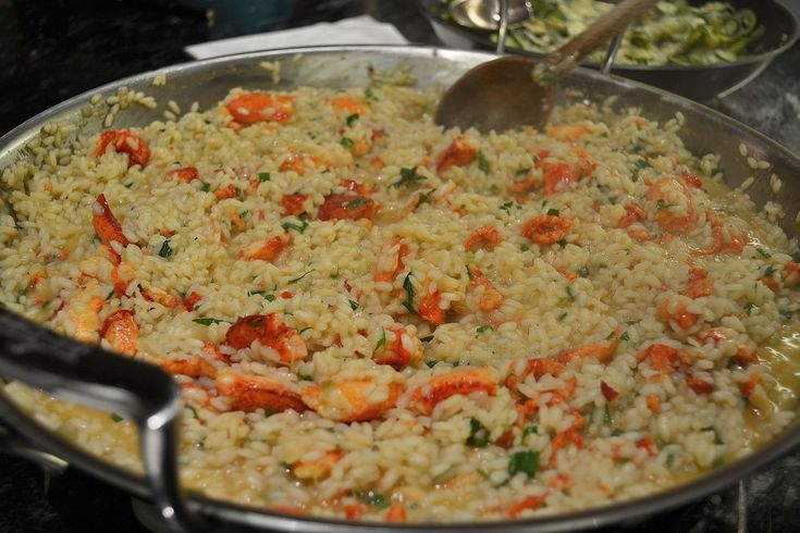 I have been binge watching every episode of Hell's Kitchen. So in honor of that here is theGordon Ramsay lobster risotto recipe used on the show. For the lobster stock: 1-1¼ lb lobster 1 peeled o...