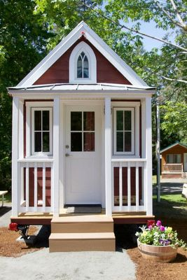 Mount Hood Tiny House Village offers scenic, adorable tiny house rentals http://trib.al/79txMC8