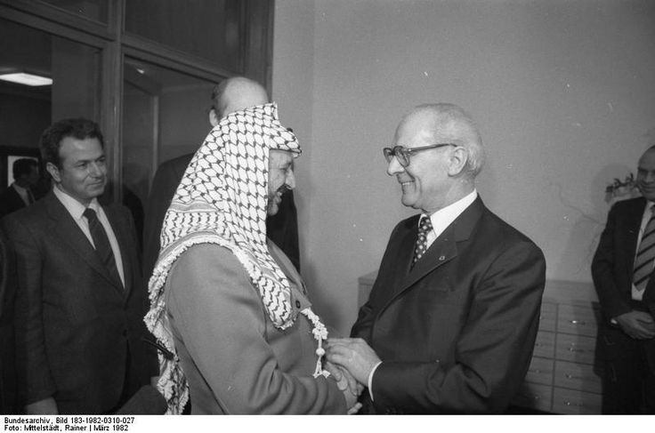 Yasser Arafat, Erich Honecker, Berlin, c.1982