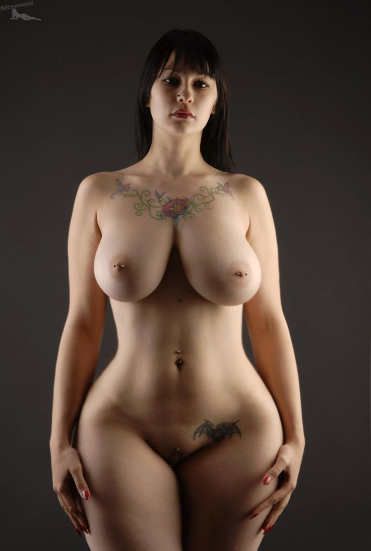 Beautiful Nude Curvy Women
