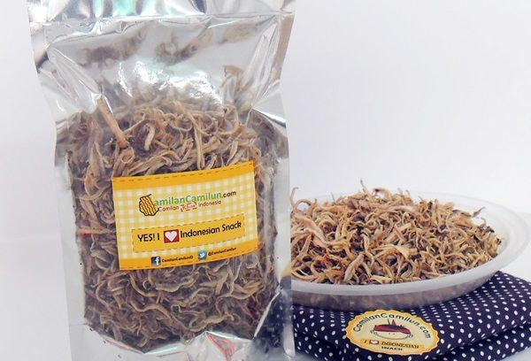 Serat Trepang  From Kenjeran, Surabaya, Indonesia   ............................................................. For further information about Indonesian Snack, let's follow Facebook:   www.facebook.com/CamilanCamilunID Camilan Khas Indonesia Indonesian Traditional Snack