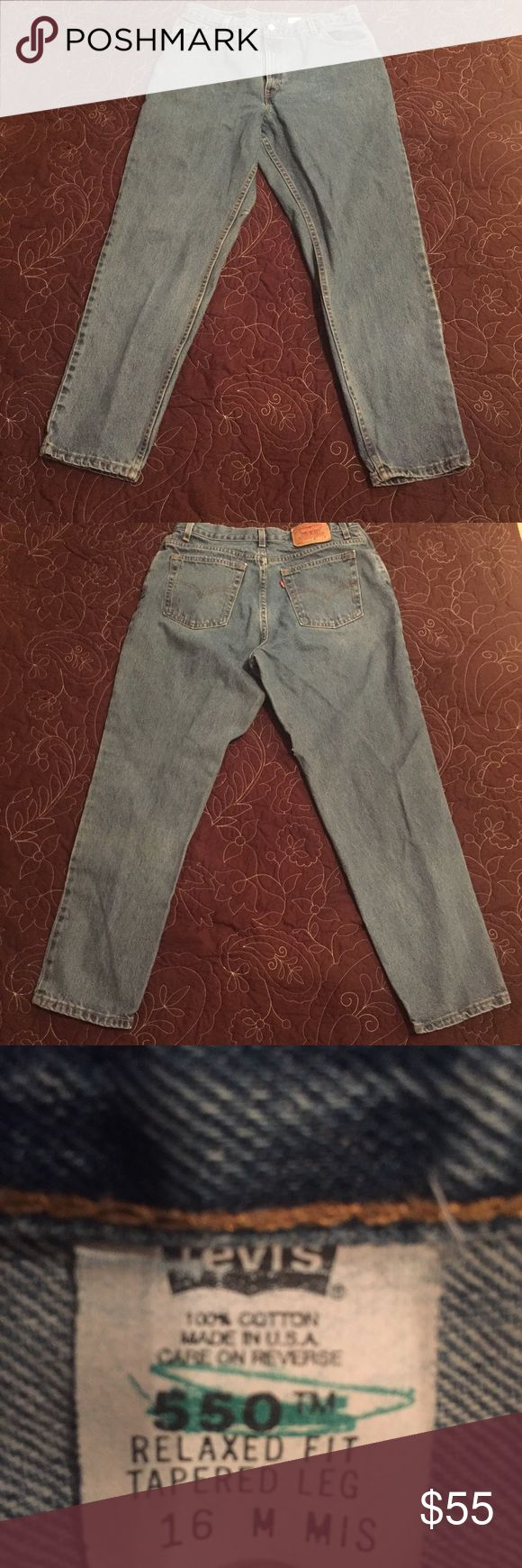 Levi's 550 16M Mis Relaxed Fit Tapered Jeans USA Levi's 550 16M Mis Relaxed Fit Tapered Leg Blue Jeans Made In USA. Small amount of fraying seen on leg. Please see pictures Levi's Jeans Straight Leg