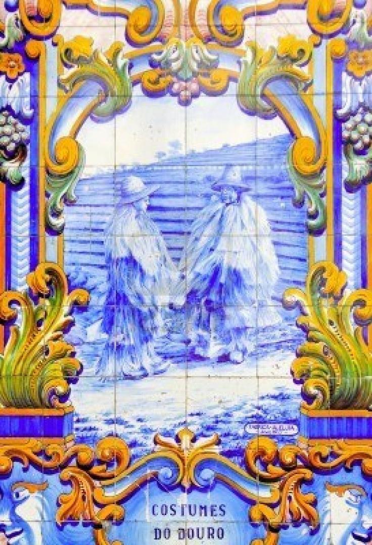 portugal-la-vallee-du-douro-pinhao-ceramique-antique-l-39-azulejo-a-l-39-ancienne-gare