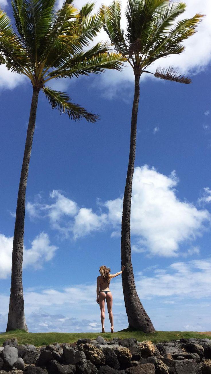 Shantel VanSanten thong bikini - Album on Imgur