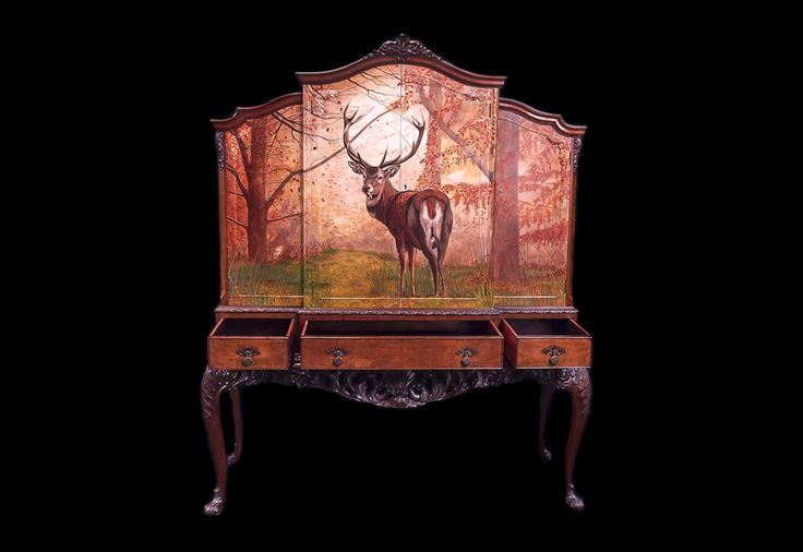 The majestic stag creates an aura that is bound to bowl you over as it gracefully adorns the stylish Stag Cabinet from KENSA DESIGN.