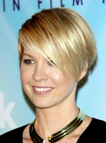 short female hair styles 59 best hair styles images on bobs 5798 | 2fdf29f31898450e3e5798cc801d9ae8 short mens hairstyles razor cut hairstyles