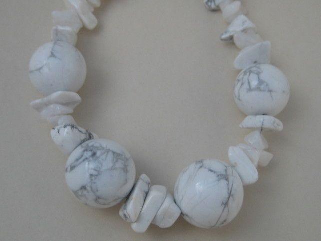 White Howlite Gemstone Bracelet, Designer Gemstone Bracelet, Handmade Bracelet £34.00